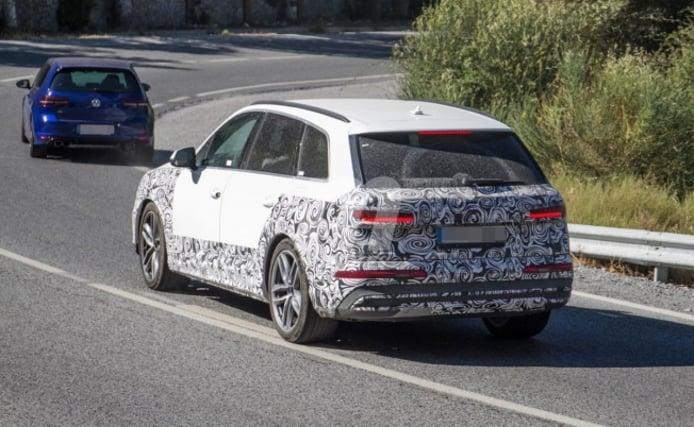 Audi Q7 TFSI e - foto espía posterior