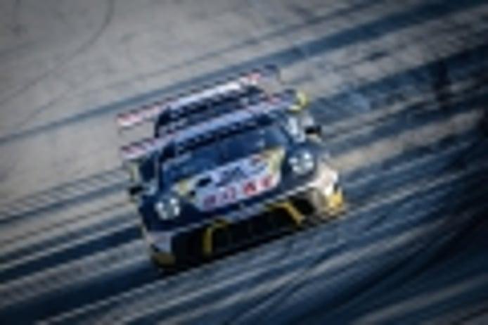 El Porsche #98 se hace con la pole de las 3 Horas de Silverstone