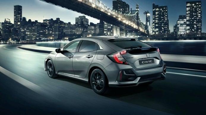 Honda Civic 2020 - posterior