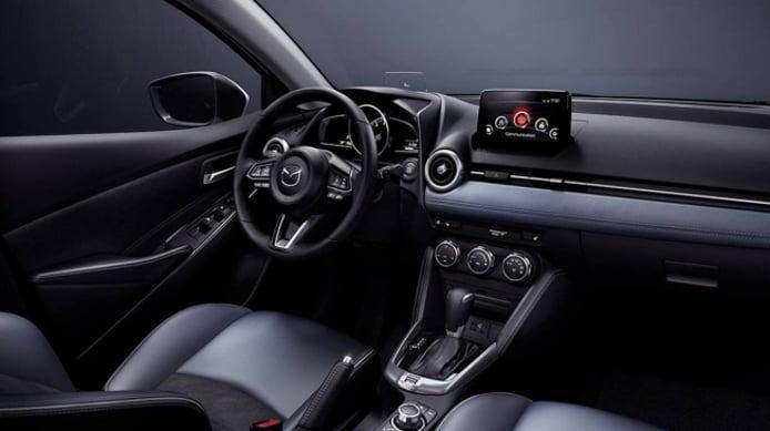 Mazda2 Sedán 2020 - interior