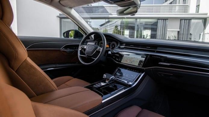 Audi A8 60 TFSI e quattro - interior