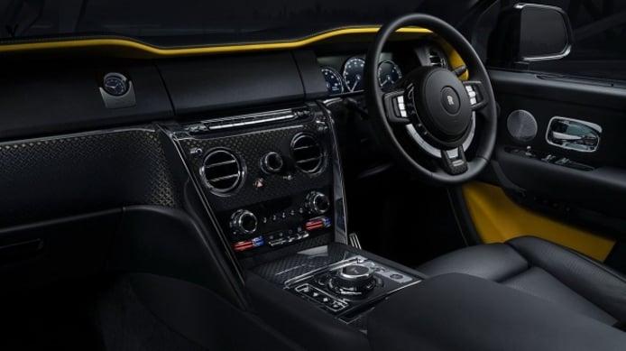 Rolls-Royce Cullinan Black Badge - interior