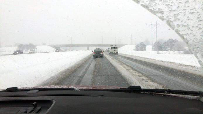 Guía de conducción invernal: todo lo que debes saber si vas a viajar