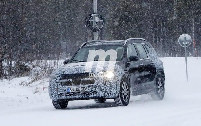 El nuevo Mercedes EQB 2020, cazado en nuevas fotos espía durante las pruebas de invierno