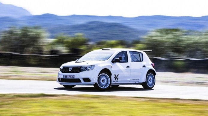 El Dacia Sandero R4 debutará en el WRC durante el Rally de Montecarlo