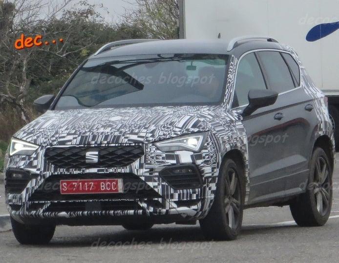El SEAT Ateca Facelift 2020 posa en unas fotos espía desvelando el diseño del frontal