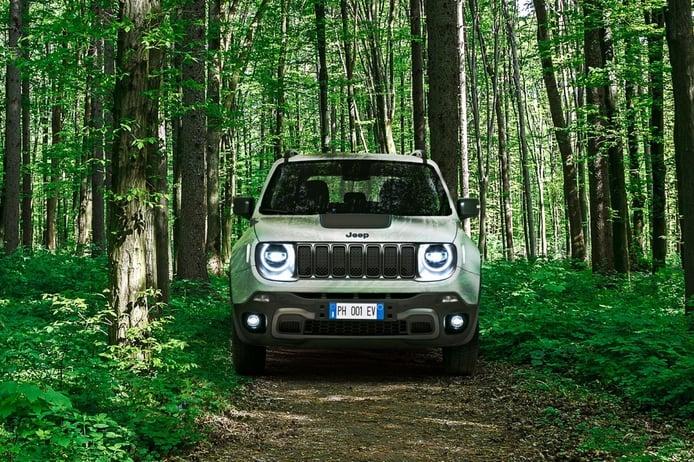 El nuevo Jeep Renegade 4xe estrena precios en España, llega el híbrido enchufable