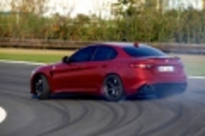 Alfa Romeo prepara una importante novedad mundial: ¿Será el Giulia GTA?