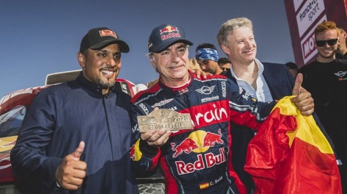 Carlos Sainz, tricampeón del Dakar