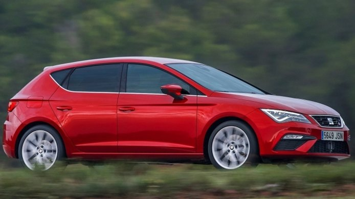SEAT León FR - lateral