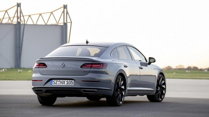 Volkswagen Arteon R-Line Edition - posterior
