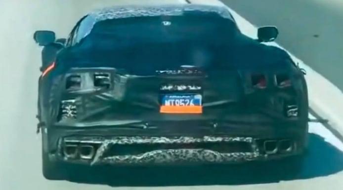 Chevrolet prueba el nuevo Corvette Z06 frente al Ferrari 458 y el Porsche 911 GT2 RS [vídeo]
