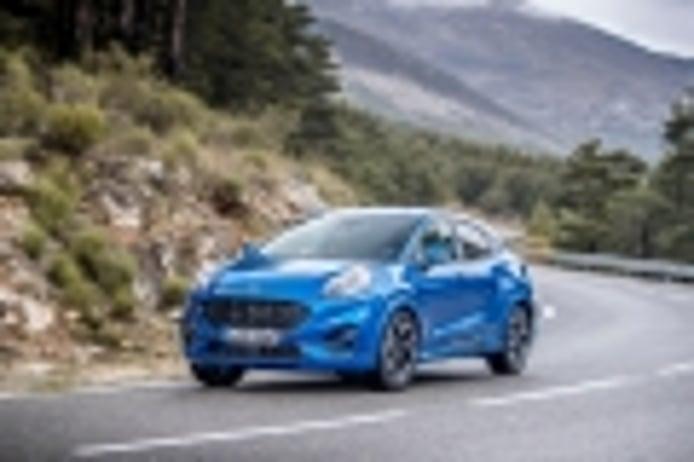 España - Enero 2020: El Ford Puma arranca con fuerza