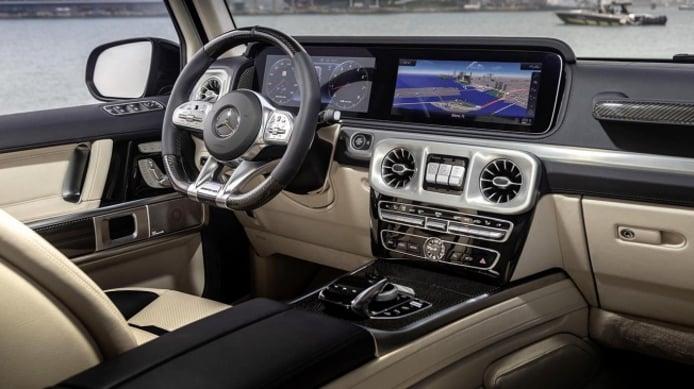 Mercedes-AMG G 63 Cigarette Edition - interior