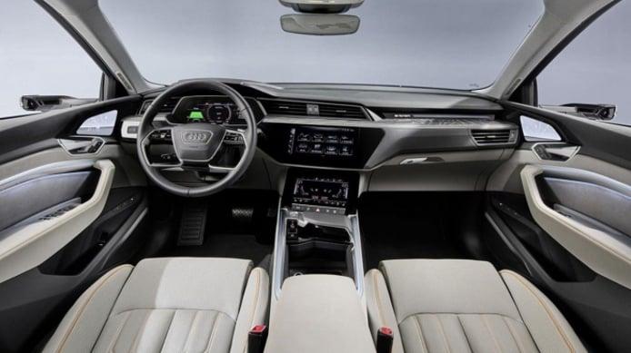Audi e-tron 50 quattro - interior