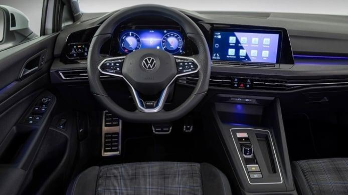 Volkswagen Golf GTE 2020 - interior