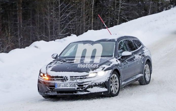 El nuevo Volkswagen Arteon Shooting Brake 2020 inicia sus pruebas casi destapado