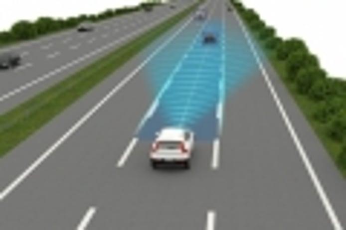 Un estudio revela que los asistentes de conducción necesitan más atención del conductor
