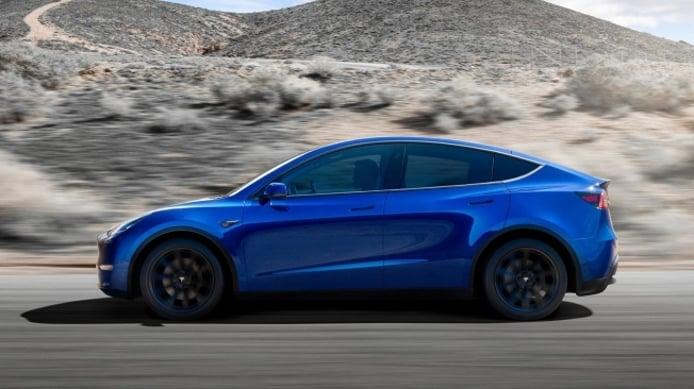 Tesla Model Y - lateral