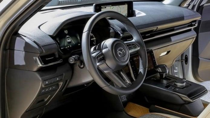 Mazda MX-30 - interior