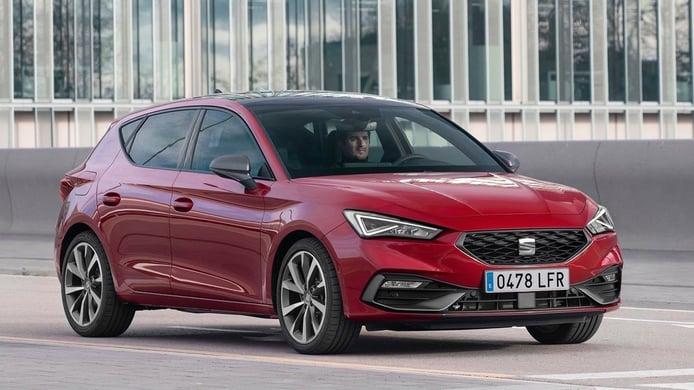 El nuevo SEAT León te vigilará con 16 antenas