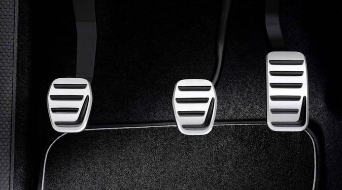 ¿Por qué noto el freno del coche blando o esponjoso?