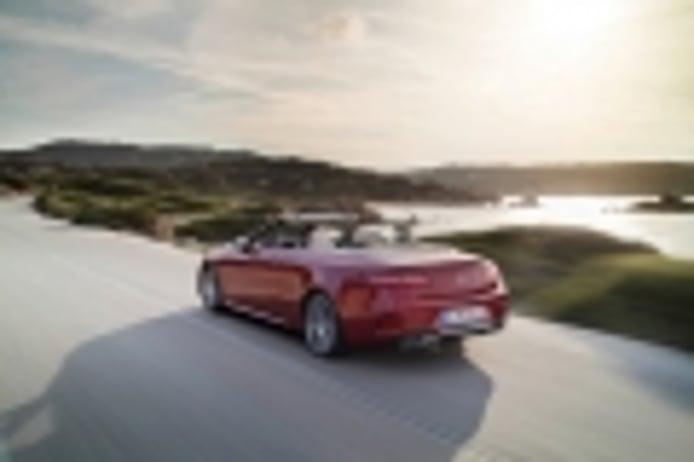Mercedes confirma que los Clase E Coupé y Cabrio tienen un futuro por delante