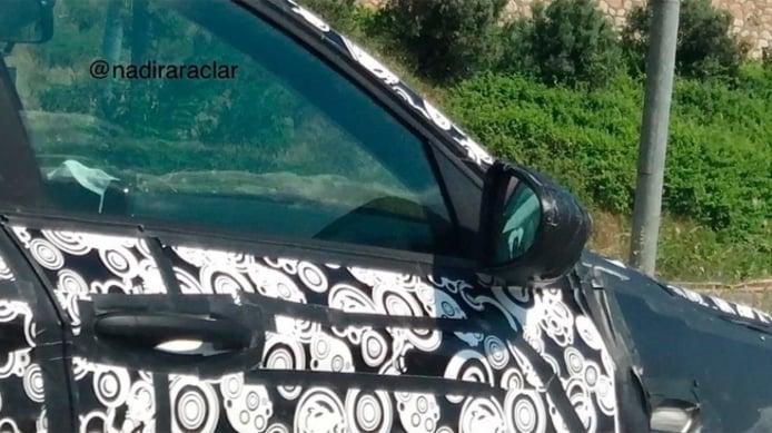 Fiat Tipo Station Wagon 2021 - foto espía