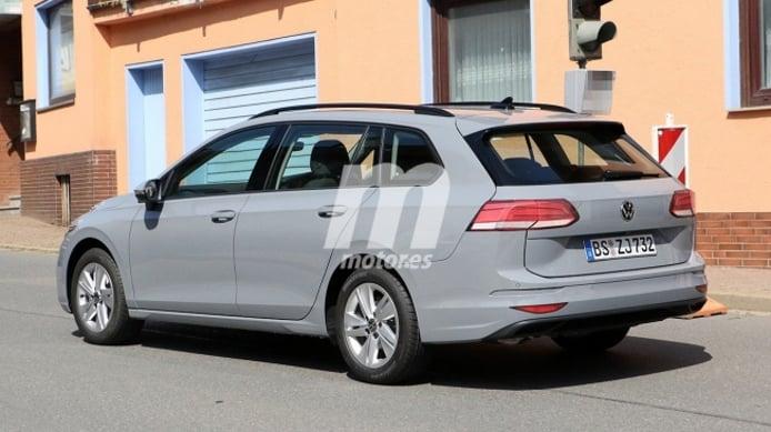 Volkswagen Golf Variant 2021 - foto espía posterior