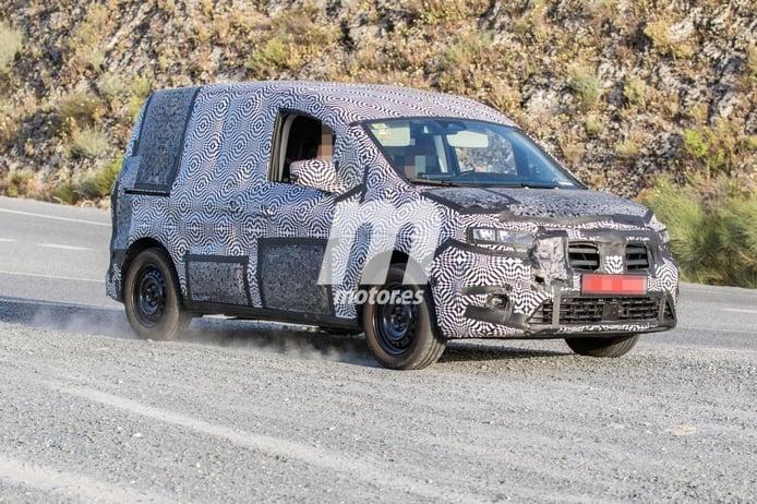 El Renault Kangoo 2021 pierde camuflaje y nuevos detalles quedan a la vista