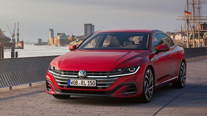 Volkswagen Arteon 2021, necesaria puesta a punto, ¡y con versiones eHybrid y R!