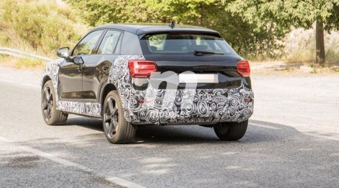 Audi Q2 2021 - foto espía posterior