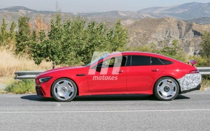 Mercedes-AMG GT 73 e - foto espía lateral