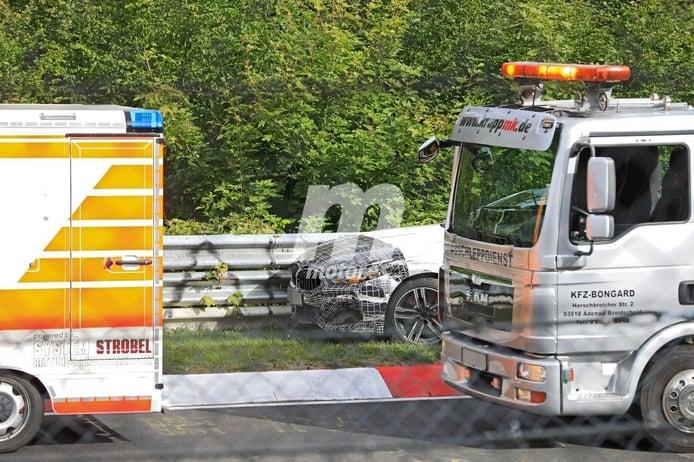La mula del futuro BMW M8 CSL sufre un accidente en Nürburgring
