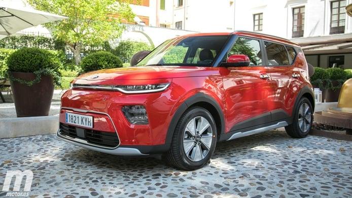 El KIA e-Soul estrena precios en España, ¿merece la pena este coche eléctrico?