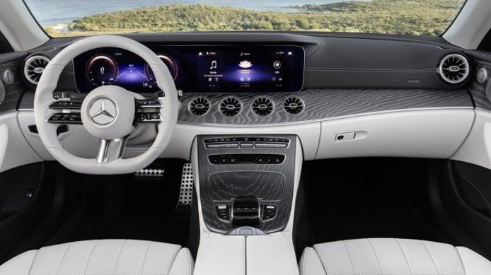 Mercedes Clase E Cabrio 2021 - interior