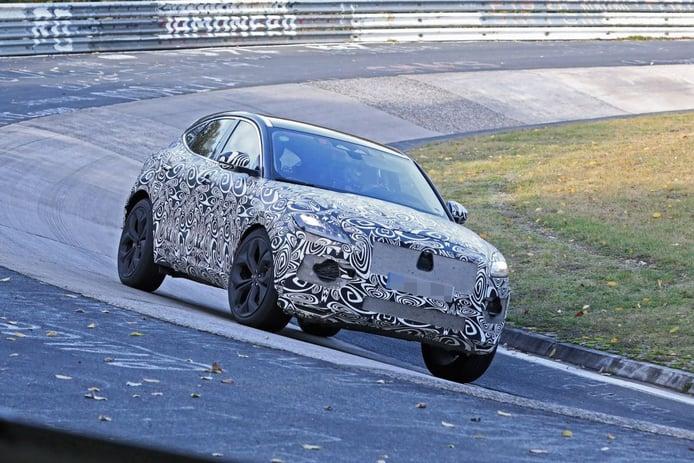 El Jaguar E-Pace facelift ya se enfrenta al circuito de Nürburgring