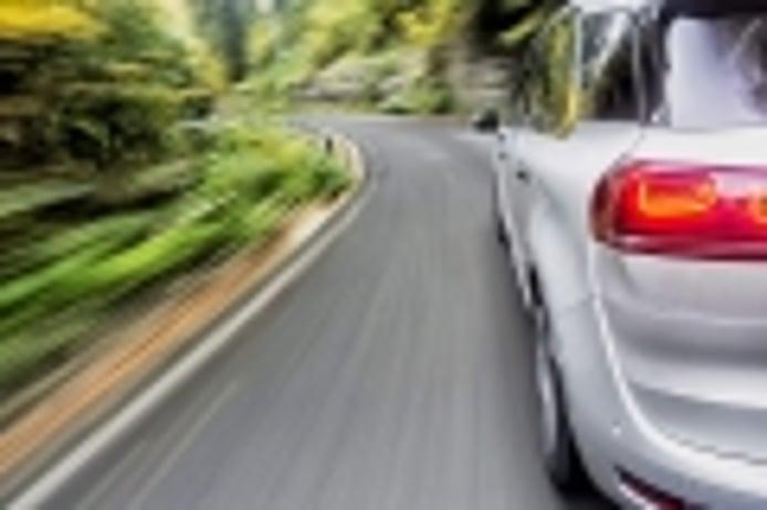 Mi coche pierde potencia al acelerar ¿qué le pasa?
