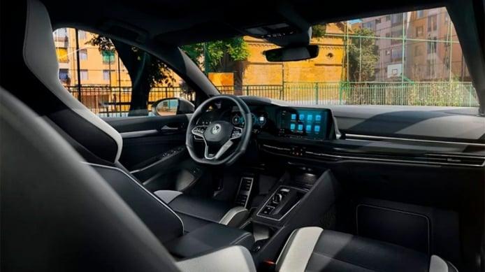 Volkswagen Golf GTD 2021 - interior