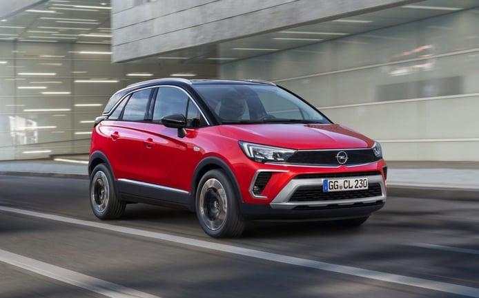 Opel Crossland 2021, ligero lifting y más equipamiento para el crossover del rayo