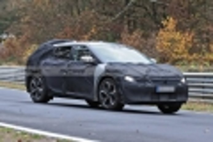 El nuevo crossover eléctrico de KIA se enfrenta al trazado de Nürburgring