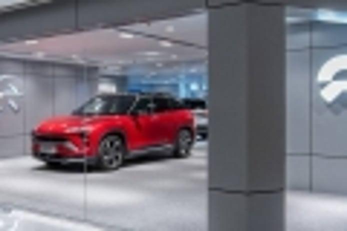 La marca china NIO de coches eléctricos mejora sus ventas y apunta a Tesla
