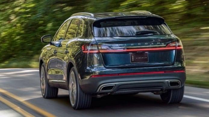 Lincoln Nautilus 2021 - posterior