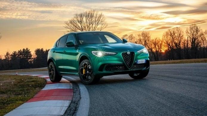 Alfa Romeo Stelvio 2021 Facelift Dealer On Fire