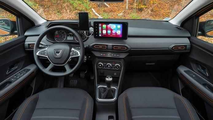 Dacia Sandero Stepway 2021 - interior