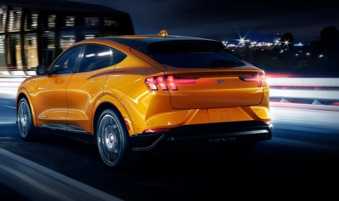 No habrá un Ford Mustang Mach-E RS, la marca descarta estas siglas para el eléctrico