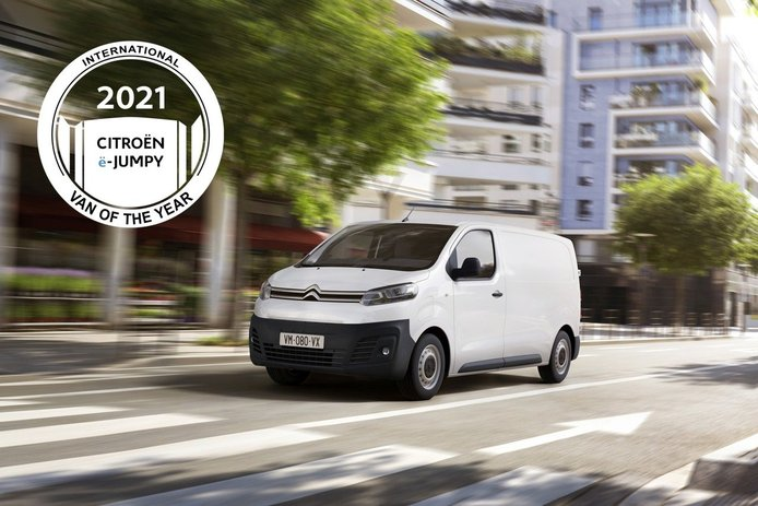Opel Vivaro-e, Peugeot e-Expert y Citroën ë-Jumpy, furgonetas internacional del año 2021
