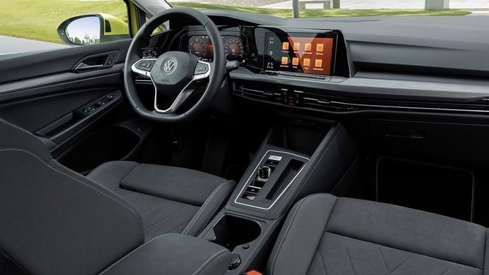 Volkswagen Golf eHybrid - interior