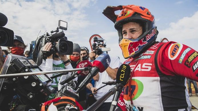 Laia Sanz se siente lista para correr el Dakar al volante de un coche