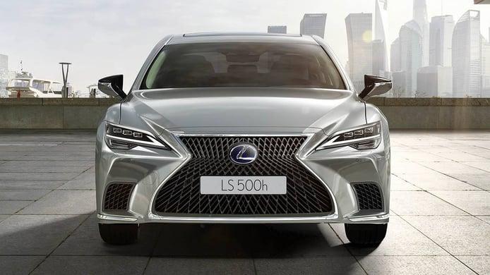 Lexus LS 500h 2021, precios y gama de la renovada berlina híbrida de lujo